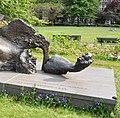 Monument Gerrit van der Veen Arttown Gus-Maussen 01HR 3785 (cropped).JPG