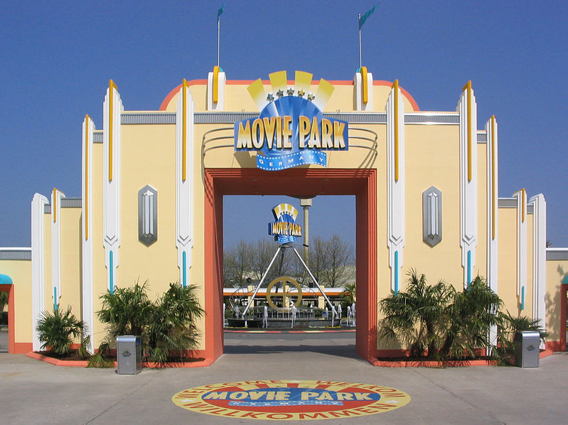 File:Moviepark-Tor.jpg