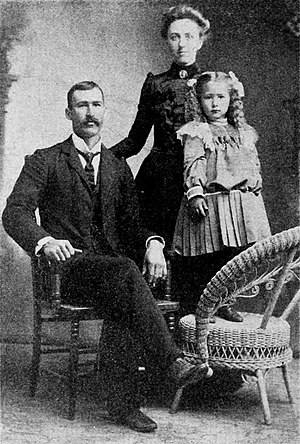 Mr and Mrs F. A. Swehla with daughter.jpg