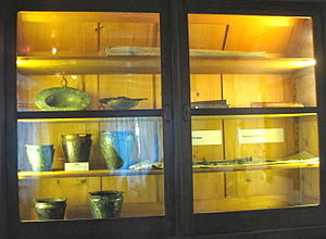 Hallstatt Museum - An old display case from the former museum, used to display Hallstatt grave goods