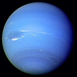 Neptuno dende a Voyager 2, os días 16 e 17 de agosto de 1989.