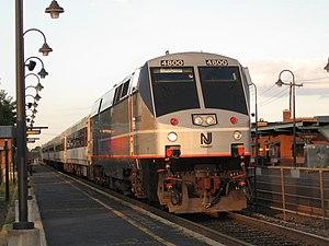 Raritan Valley Line - Image: New Jersey Transit GE P40DC 4800