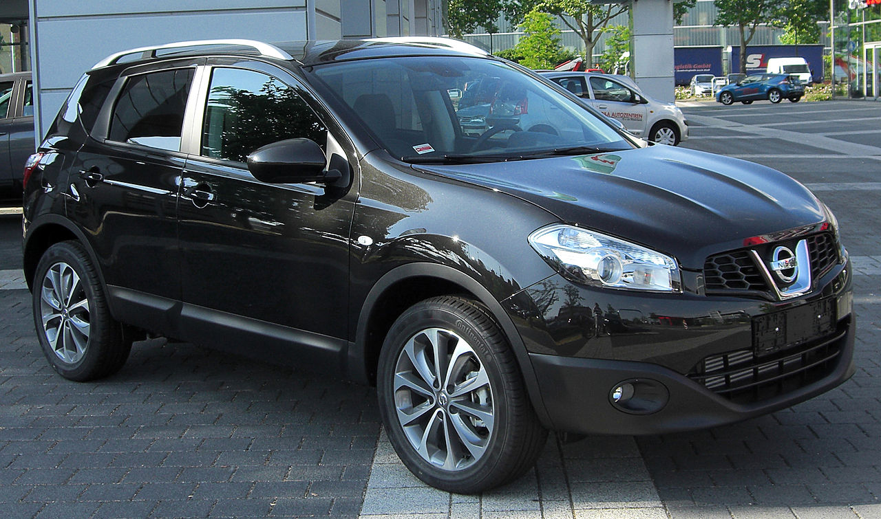 file nissan qashqai facelift front wikimedia commons. Black Bedroom Furniture Sets. Home Design Ideas