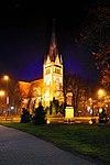 Nocne zdjęcie kościoła N.N.M.P.jpg