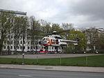 OH-HVG landar vid ÅUCS maj 2012.JPG