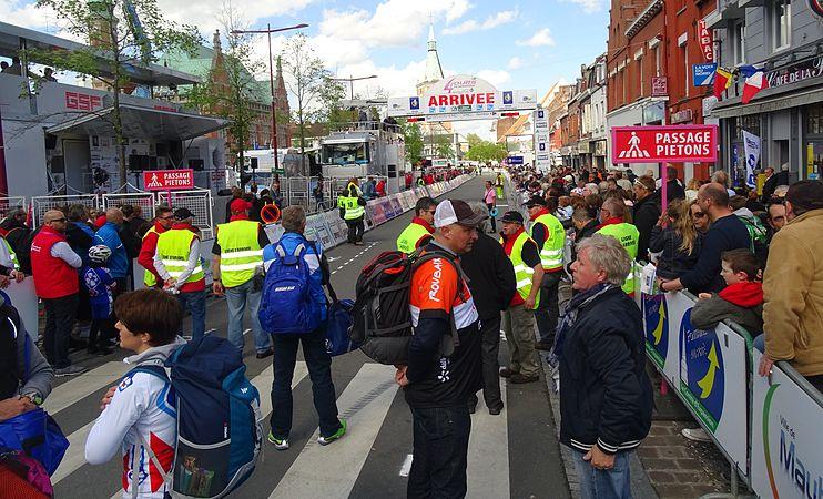 Orchies - Quatre jours de Dunkerque, étape 1, 6 mai 2015, arrivée (B03).JPG