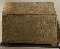 English: Jewish ossuaryFrançais: Ossuaire judaïque à décors de rosaces