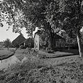 Overzicht hoeve met zomerhuis annex melkhuis met boenhok - Hazerswoude-Rijndijk - 20366211 - RCE.jpg