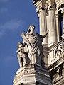 PA00088906 - Église de la Sainte-Trinité (statue entree principale).jpg