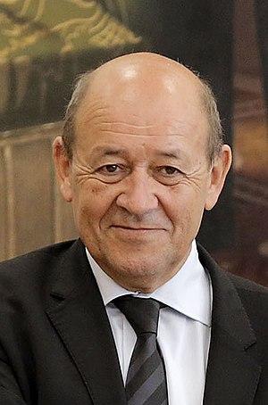 Jean-Yves Le Drian - Image: PERÚ Y FRANCIA FIRMARON IMPORTANTES ACUERDOS DE COOPERACIÓN EN DEFENSA (10678701576) cropped