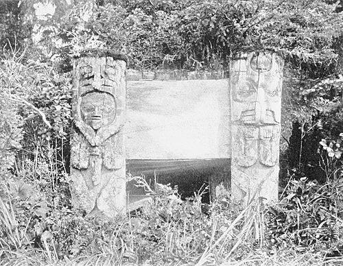 PSM V53 D184 Grave of a haida chief on queen charlotte islands.jpg