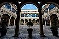 Palacio de los Guzmanes - Flickr - Carlos Nestar.jpg