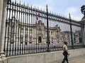 Palacio presidencial a la plaza mayor, Lima2.jpg