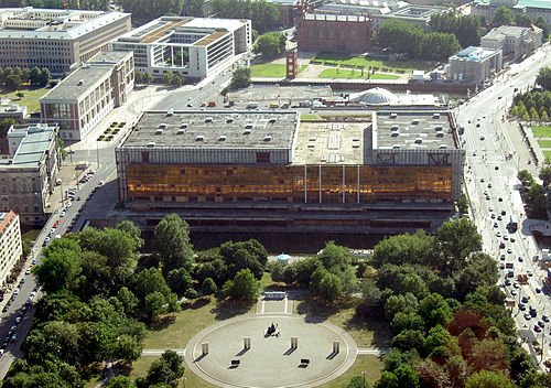 Vista aérea do Palast der Republik (2003).