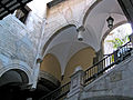 Palau Mercader, escala.jpg