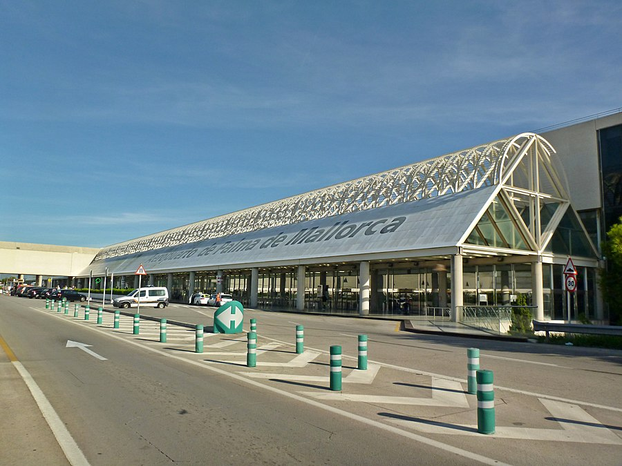 Palma de Mallorca Airport Terminal C Outside