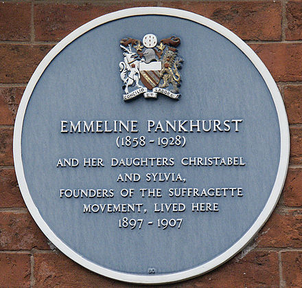 historical place plaque on the wall of The Pankurst Centre Pankhurst plaque.jpg