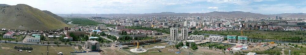 Nhìn từ Đài tưởng niệm Zaisan năm 2009