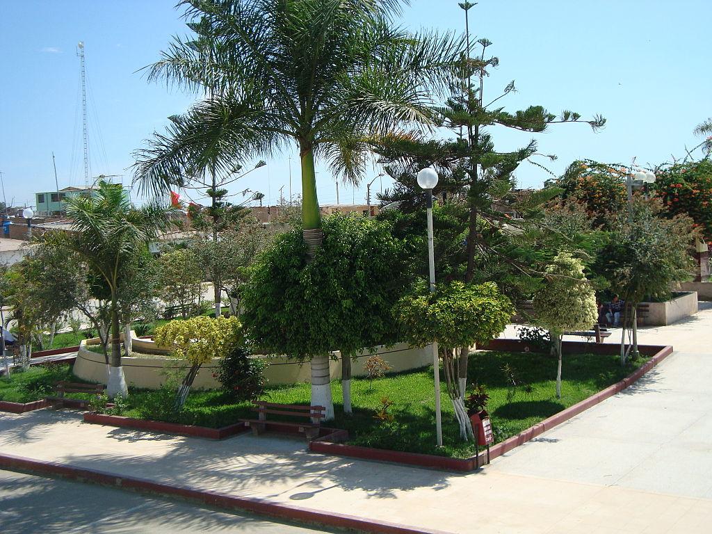 Parque principal de Íllimo