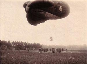 Luftstreitkräfte - Die Fliegerabteilung (A) 272 im Kriegsjahr 1917. Ballonaufstieg