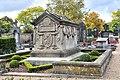 Paul Eyschen tomb 01.jpg