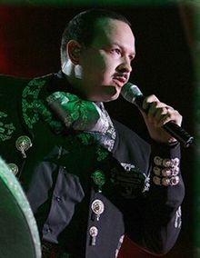 How tall is pepe aguilar think, that