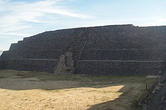 Peralta (Mesoamerican site) - Temple at the Double Structure, viewed from the west, the other temple is on the right