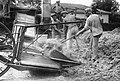 PikiWiki Israel 424 Kibutz Gan-Shmuel bs16- 7 גן-שמואל-דיש תבואה בגורן 1940.jpg
