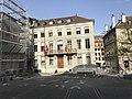 Place devant l'entrée de la cathédrale de Genève.JPG