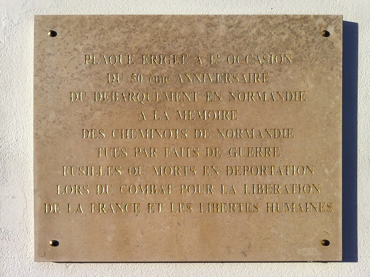 file plaque comm morative gare de caen l 39 occasion du d barquement de normandie jpg. Black Bedroom Furniture Sets. Home Design Ideas
