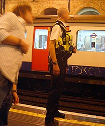 Police and Tox at Notting Hill Gate (2539881461).jpg