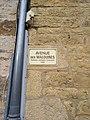 Pommiers (Rhône) - Avenue des Malouines (plaque) - jan 2018.jpg
