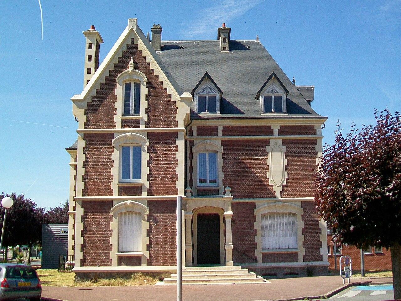 fichier pont sainte maxence 60 centre culturel municipal rue louis wikip dia. Black Bedroom Furniture Sets. Home Design Ideas