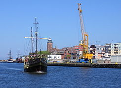 Port Kolobrzeg with Santa Maria 2009-05.jpg