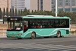 Qingdao Development Zone Bus 18 - Higer - KLQ6128GC (Wheelchair Accessible Low-floor) - ChangJiang Road (Middle) (16703234311).jpg