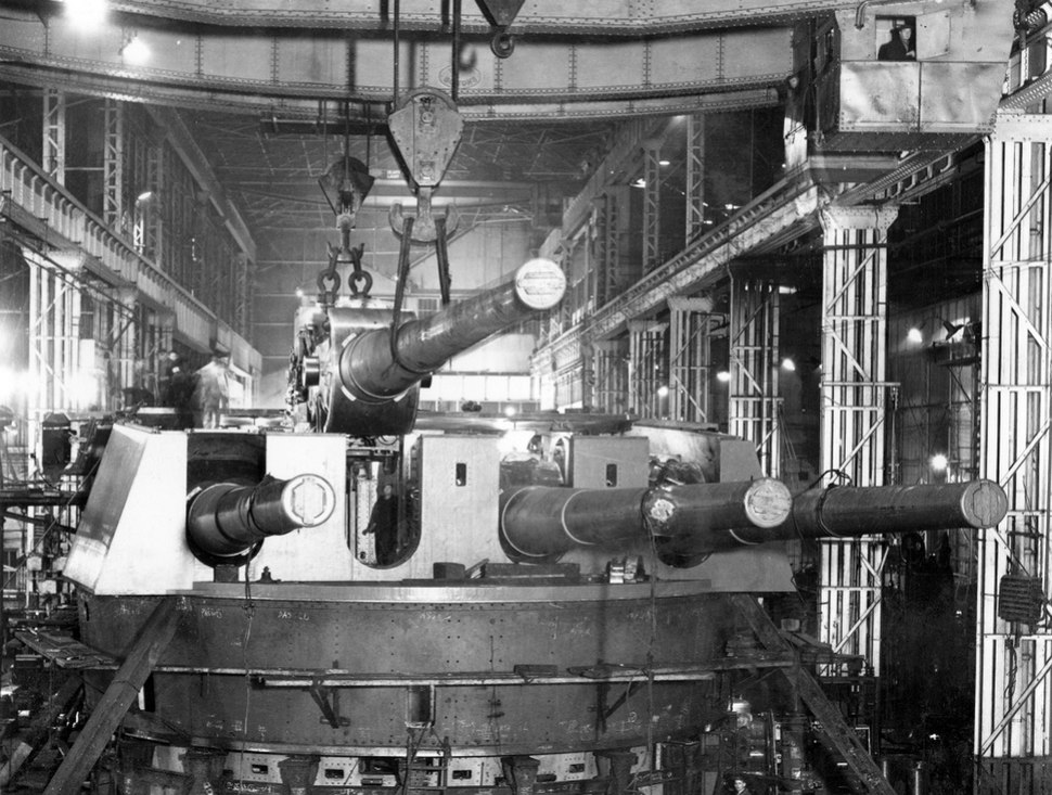Quadruple gun mounting in 24 Shop, Elswick Works (26345255273)