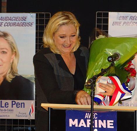 Raismes - Meeting de Marine Le Pen le 16 octobre 2015 sur l'élection régionale en Nord-Pas-de-Calais-Picardie (25).JPG