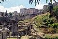 Resti del Teatro Romano e le Mura a Volterra.jpg