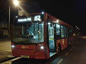 London Buses route 152 - London General Alexander Dennis Enviro200 in New Malden in December 2016