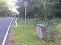 Reuden, Unterhaltungsgrenzstein an der B 246 (2).jpg