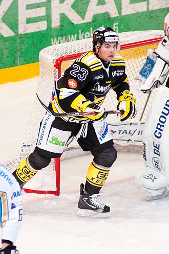 Riley Armstrong (ice hockey) - Riley Armstrong playing for SaiPa in 2012.