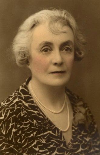 Bessie Rischbieth - Photo portrait of Rischbieth c. 1930s