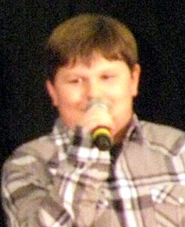 Robert Capron 2011 (cropped).jpg