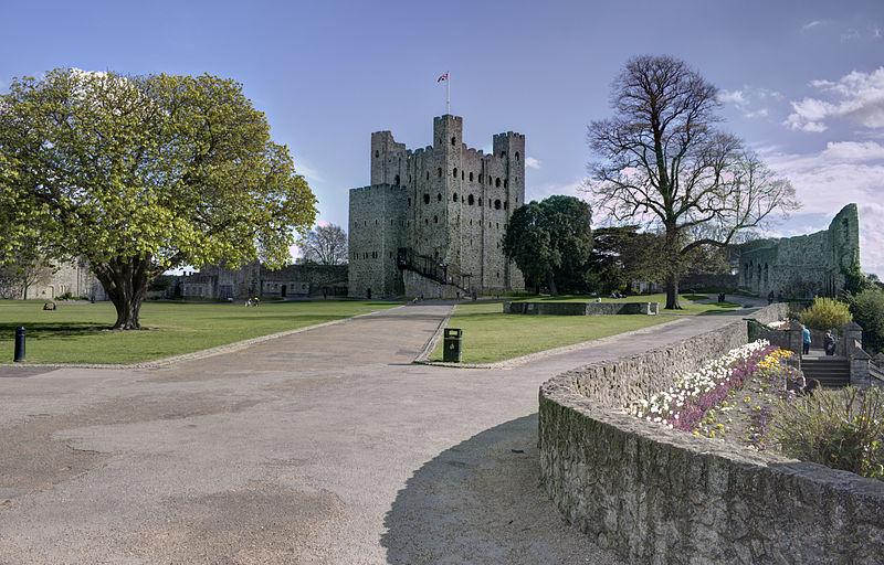 File:Rochester Castle Gardens.jpg