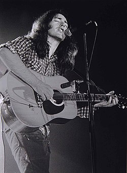 Rory Gallagher acoustic.jpg