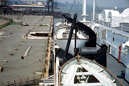 SS Stevens docking bridge starboard 02.jpg