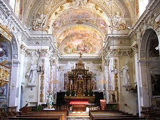Porlezza - Interiori of the church of San Vittore.