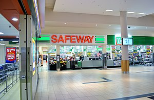Safeway (Australia) - The Safeway store (now branded as Woolworths) at Bayside Shopping Centre in Frankston.
