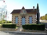 Saint-Genis-du-Bois Mairie.jpg
