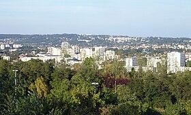 Vue générale de la ville depuis la colline d'Orgemont.